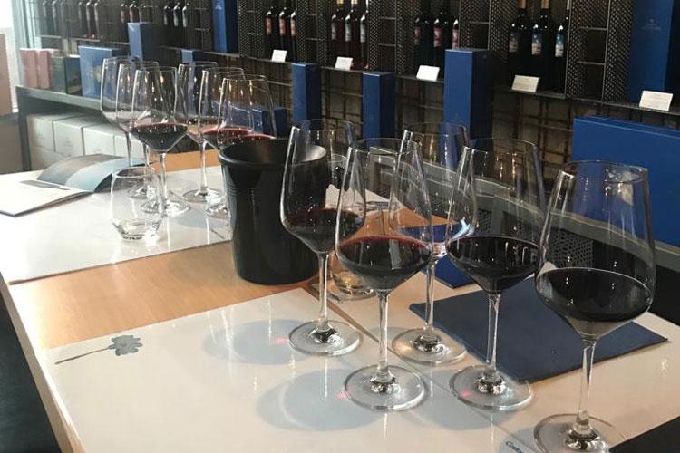 L'assise dei Ristoranti regionali  tra vini toscani e sapori del territorio